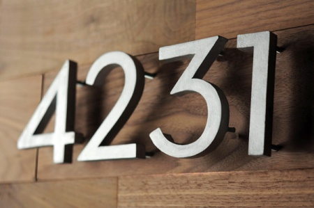 Aluminum signs custom aluminum signs post canada for Modern house numbers canada